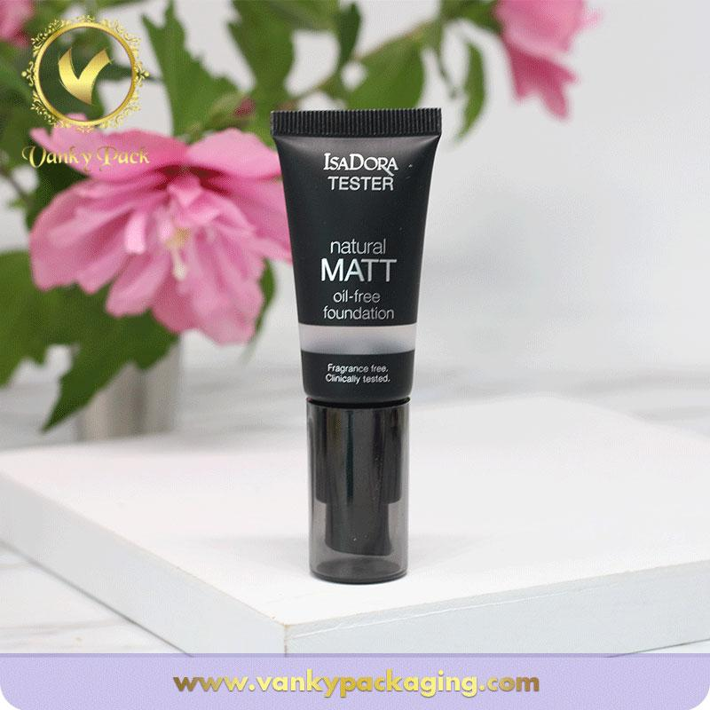 Luxury matt black cosmetics tube face cream plastic tube with pump top