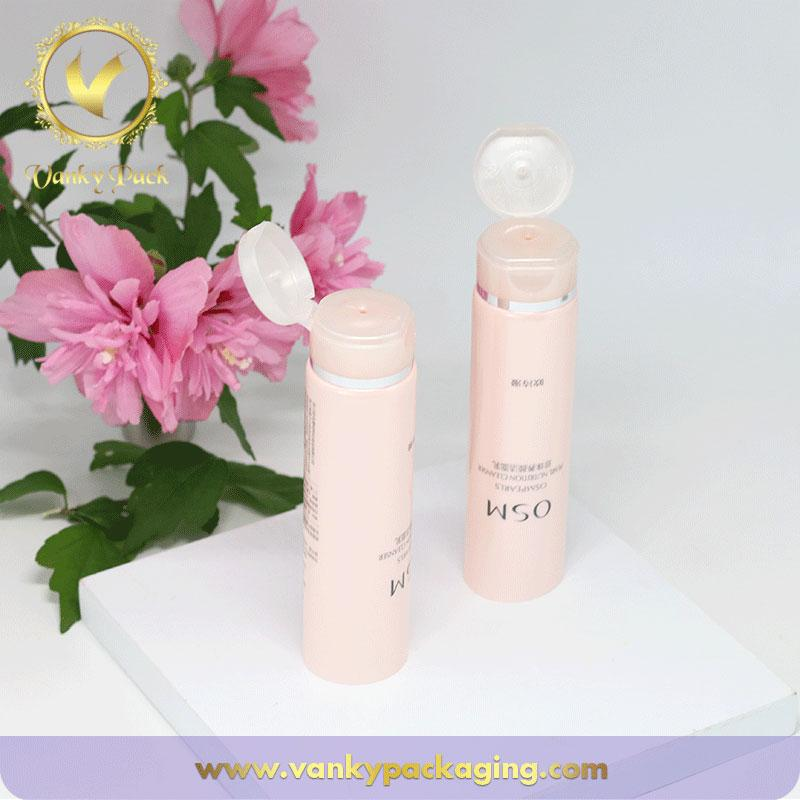 High Quality Girls Cosmetic Plastic Tube Empty Facial Cleaner Hot Stamping