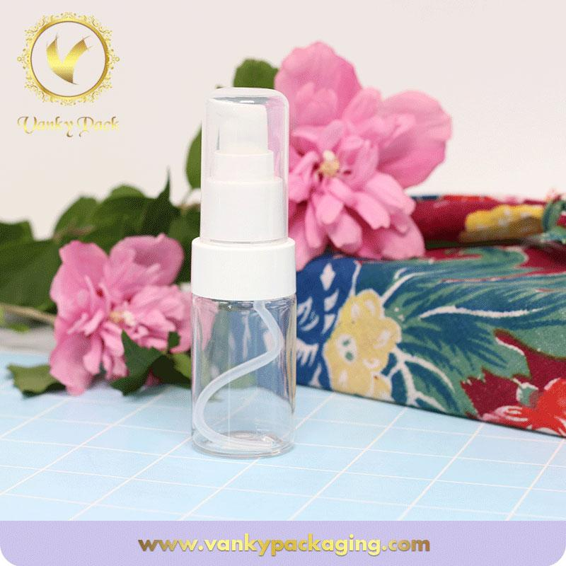 Empty transparent cosmetic plastic bottle with spray pump hot sale