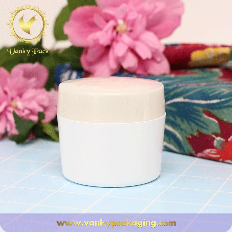 Wholesale white plastic jar cosmetic PET jar for cream packaging