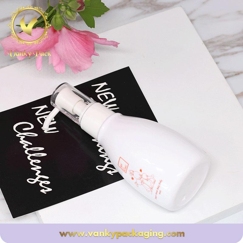 Customized logo screen printing cosmetic shampoo plastic bottle with pump