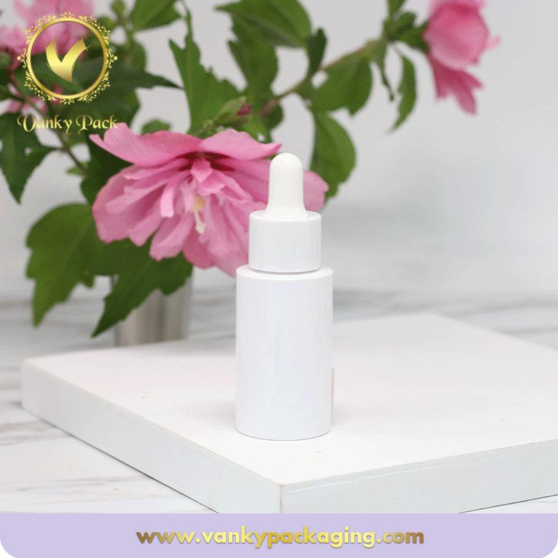 Best selling plastic cosmetic bottle essencial oil plastic bottle with dropper