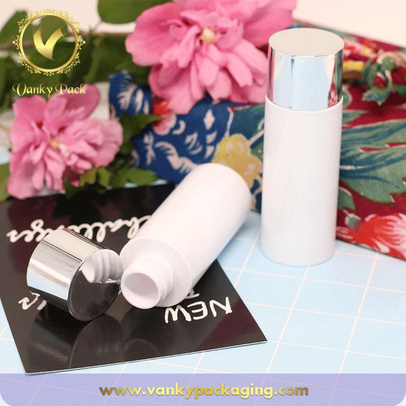 Customized white PET plastic bottle China made cosmetic plastic bottle