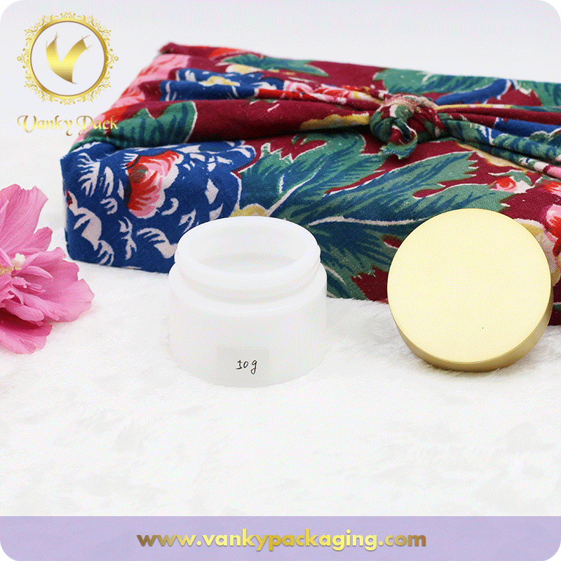 50G White Porcelain Glass Jar With Aluminum Lid For Cream Packaging