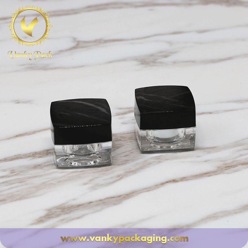 Square Shape Cosmetic Acrylic Jar With Square  Screw Cap Packaging